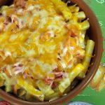 Patatas estilo Foster con queso y bacon
