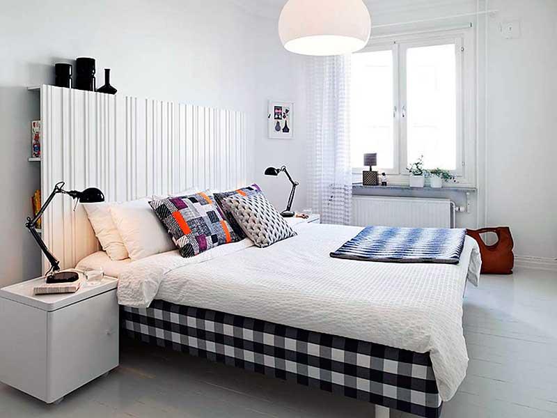 Habitaciones de matrimonio peque as la mansi n de las ideas for Mesillas de habitacion