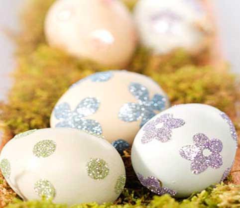 huevos-para-decorar,-huevo-decorados-con-foami-o-goma-eva-con-purpurina