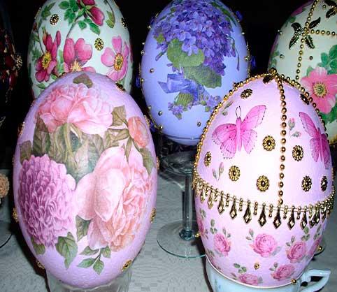 huevos-para-decorar,-huevos-de-avestruz-decorados-de-pedreria