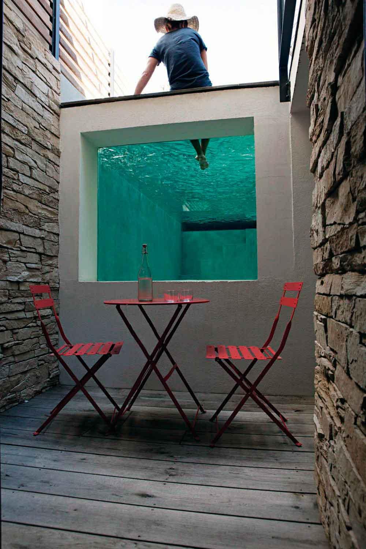17 piscinas peque as para jardines minis la mansi n de - Piscinas alargadas y estrechas ...