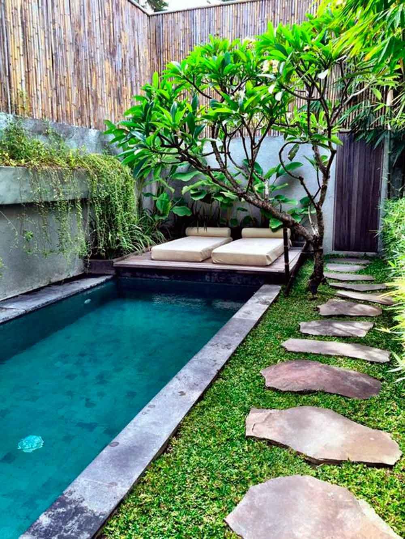 17 piscinas peque as para jardines minis la mansi n de for Piscinas largas y estrechas