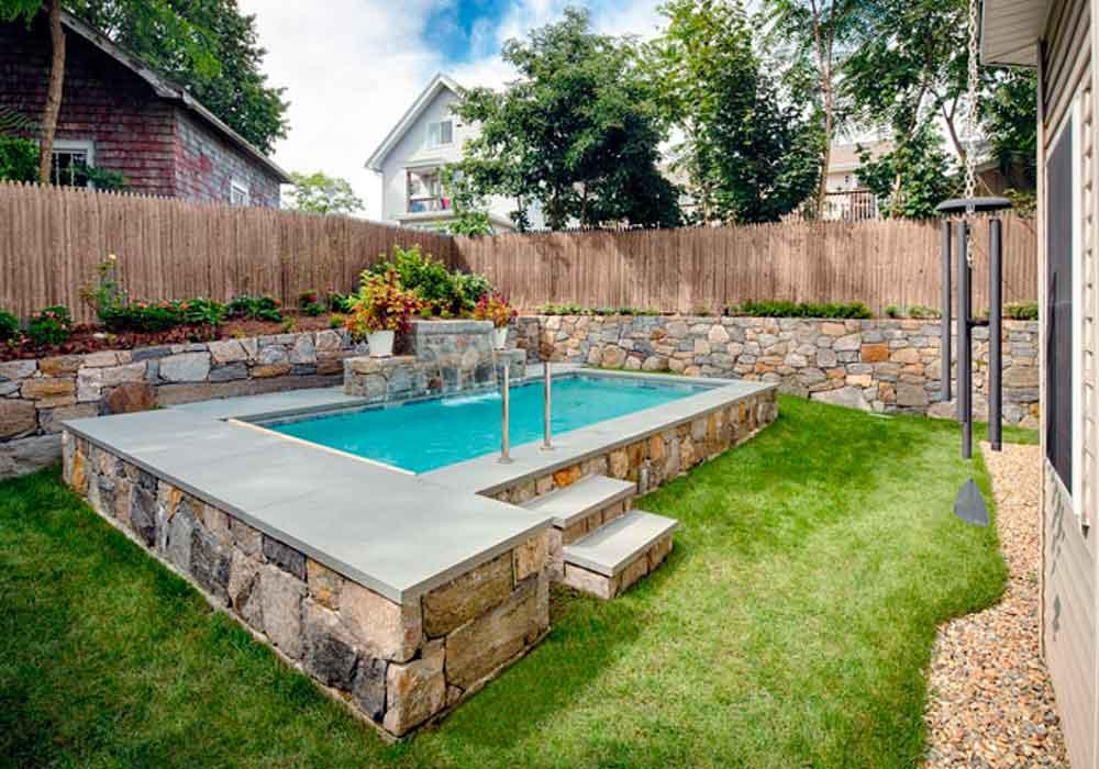17 piscinas peque as para jardines minis la mansi n de for Modelos de piscinas en casa