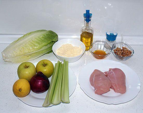Ensalada de pollo con manzana