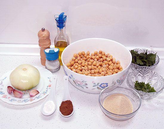 Falafels con salsa de yogur