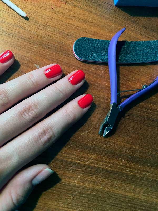 cómo pintarte las uñas
