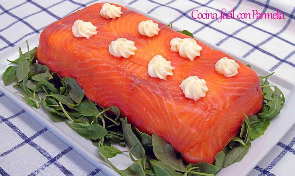 Pastel de salmón con pan de molde