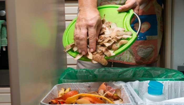 Life hacks, tips, limpiar, cocina, cubo-de-basura, reciclaje