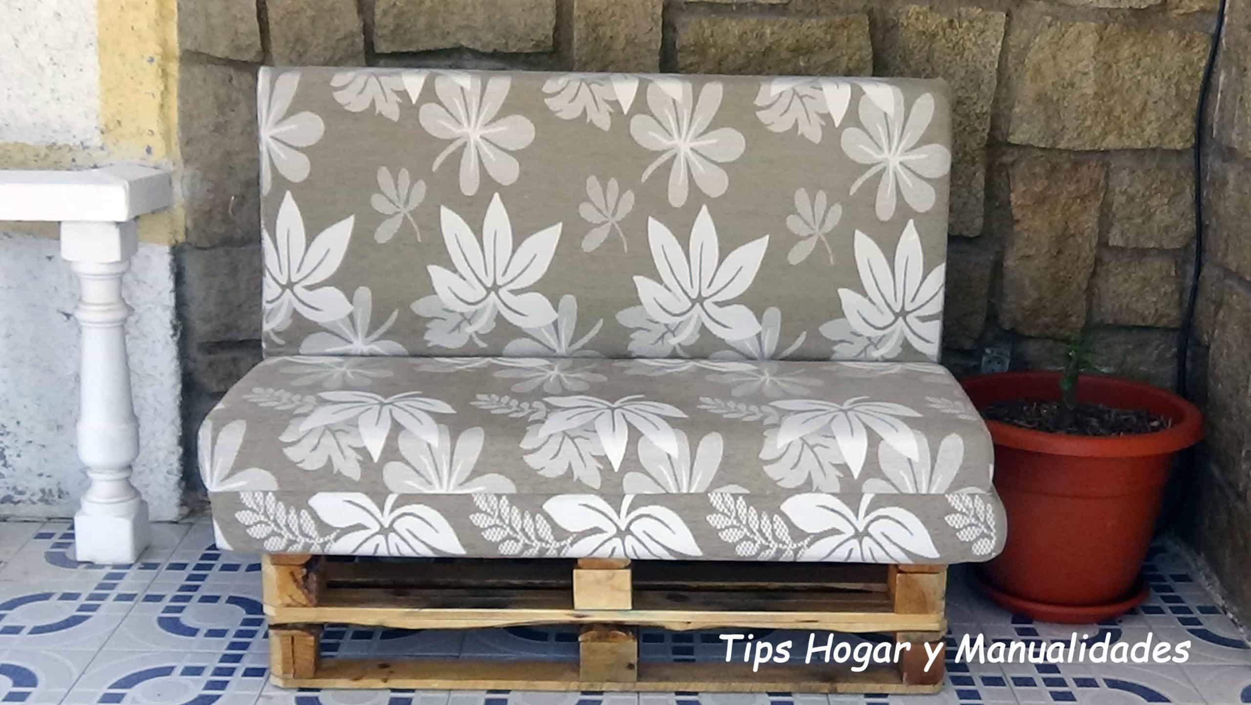 C mo hacer un sof f cil con palets la mansi n de las ideas - Como hacer un sofa con palets ...