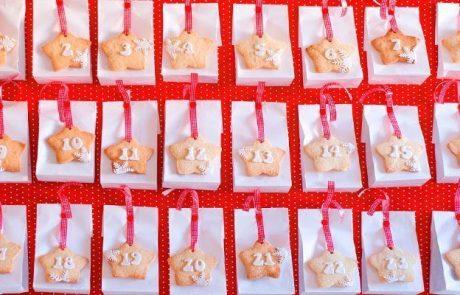 calendarios-de-adviento-con-bolsas-de-papel-y-galletas-con-numeros