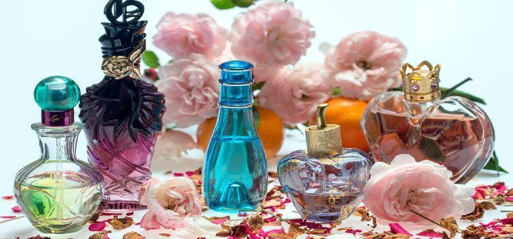 San-Valentín-sentido-del-olfato,-perfumes,-colonias,-perfumeros