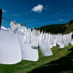 Trucos para blanquear la ropa y eliminar manchas
