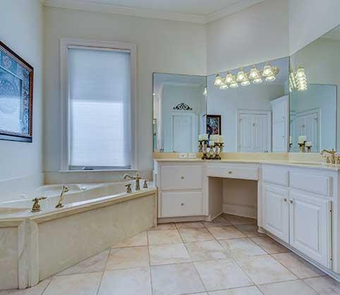 lavadora y secadora, cuarto de baño