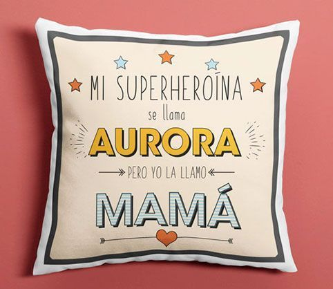 regalos-dia-de-la-madre,-cojin-superheroina