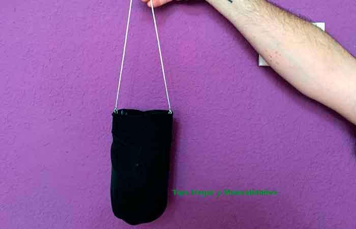 trampas-para-insectos-botella-cortada-y-calcetín