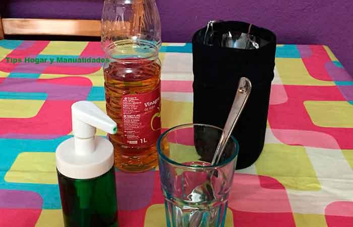 trampas-para-insectos-con-jabón,-botella-de-plástico,-calcetín-y-vinagre