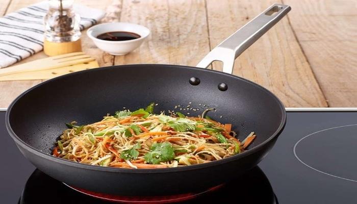 verduras cocinadas en sartén valira aire