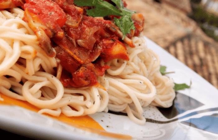 Espaguetis al huevo