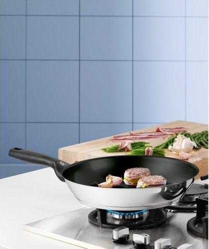cocinando carne en wmf ceradur profi